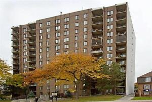 Large Apartment - Bright - Downtown - call us today! Windsor Region Ontario image 5