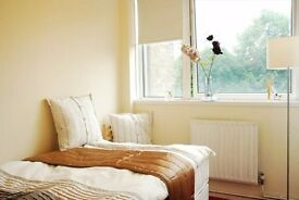 Double Room in Little Venice/Warwick Avenue*