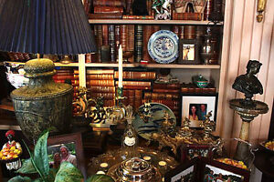 CASH PAID FOR ANTIQUES AND VINTAGE COLLECTABLES