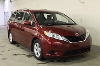 2013 Toyota Sienna LE 8 Passenger Front-wheel Drive (FWD)