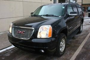 2013 GMC Yukon XL 2500 SLT 4x4 6.0L ENGINE FINANCE AVAILABLE Edmonton Edmonton Area image 1