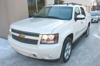 2012 Chevrolet Avalanche 1500 LTZ 4x4 FULLY LOADED WHITE DIAMOND