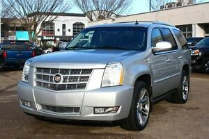 2013 Cadillac Escalade PREMIUM PACKAGE AWD LOADED FINANCE AVAILA