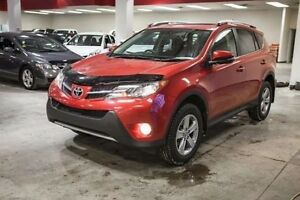 2015 Toyota Rav4 XLE, AWD, Roof Rails, Remote Starter, Heated Se