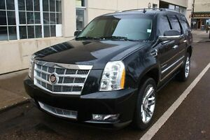 2013 Cadillac Escalade AWD PLATINUM BLACK ON BLACK FINANCE AVAIL