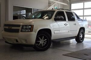 2010 Chevrolet Avalanche 1500 1500 LTZ-Moon Roof-Nav-Rear Seat D