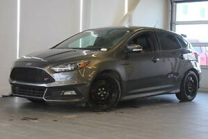 2015 Ford Focus ST Moon Roof-Nav-Heated Steering Wheel/Seats