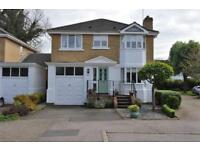 4 bedroom house in Simmons Place, STAINES-UPON-THAMES, TW18