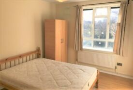 Double room to trent in prime location West Dulwich.Bills Included.DSS welcome.