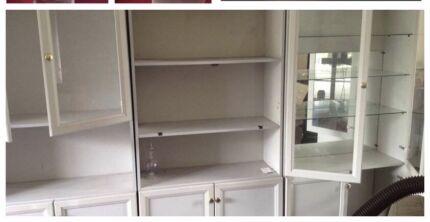 Beautiful white wall cabinet/shelf unit with glass shelves