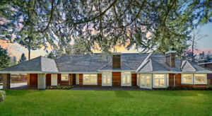 Spectacular Home in Panorama Ridge For Sale
