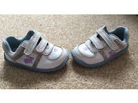Girls clarks 4f shoes