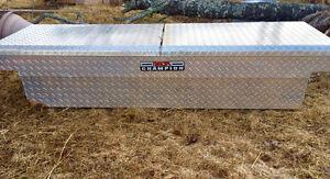 Delta truck tool box - like new