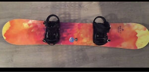Roxy snowboard 149 cm with Salomon bindings
