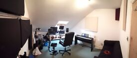 Music Production room/Office for rent in Brixton