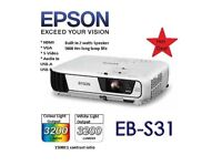Epson EB-S31 projector AS NEW (RRP £369)