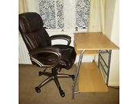 Computer desk with keyboard tray and free office chair
