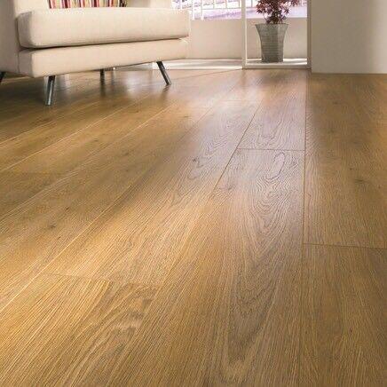 Professional V Groove Oak Laminate Flooring