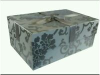 LARGE WEDDING DRESS STORAGE BOX / KEEPSAKE BOX