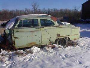 WHOLE OR PARTS 1953 OLDS 88 2 DR SEDAN .YARD CLEAN UP B/O