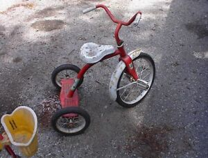 used tricycle and scooter 2-5 YEAR OLDS APPROX  $10.00 EACH