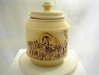 VINTAGE MCCOY FRONTIER COVERED WAGON COOKIE JAR WESTERN HORSES COWS RANCH BARN