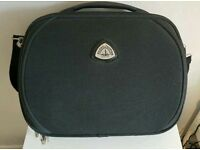 Globe Trotter travel case