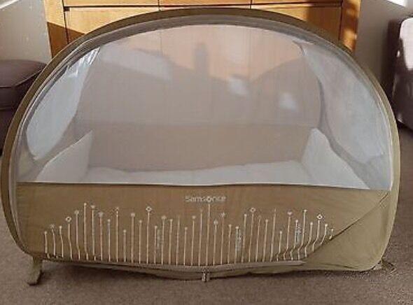 samsonite pop up travel cot in stratford london gumtree. Black Bedroom Furniture Sets. Home Design Ideas