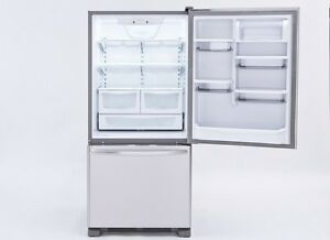 BRAND NEW KITCHEN AID 19 CU FRIDGES WITH BOTTOM MOUNT FREEZER