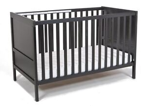 Convertible Crib/Toddler bed - great condition