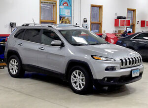 JUST REDUCED TO 13,995.      2014Jeep Cherokee North SUV