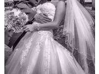 Flawless Ivory Wedding Dress
