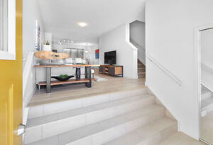 SPACIOUS & BEAUTIFUL 1082 Sq.Ft. NEW HOME+GARAGE in SW EDM