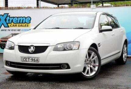 2011 Holden Calais VE II MY12 V White Sports Automatic Sedan Campbelltown Campbelltown Area Preview