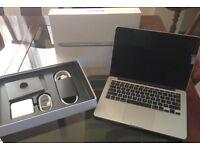 "New Condition (2015) MacBook Pro Retina 13"" 3.1GHz Quad Core i5, Adobe CS6, Final Cut, Logic"