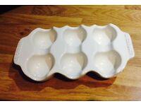 le creuset stoneware egg tray