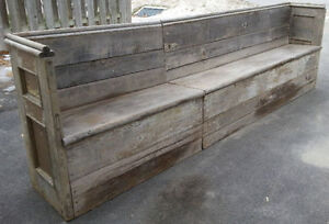 OLD ANTIQUE RUSTIC WOOD COUNTRY DECOR BENCH PEW