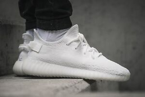 """UP FOR SALE! ADIDAS YEEZY BOOST 350 V2 """"CREAM WHITE"""" SIZE 7-8"""