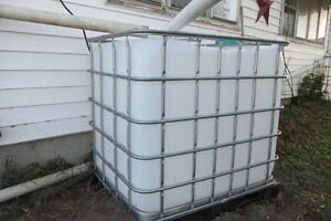 Heavy Duty Plastic Totes for Sale