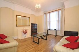 Large 4 bed house furnished house with garden close to Ealing Broadway station zone 3