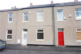 Student rooms to rent in 3 bed house. Gilesgate area