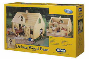 Breyer Traditional Deluxe Wood Horse Barn