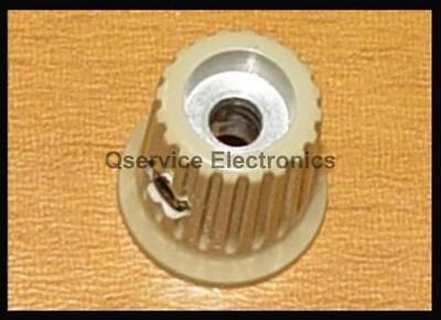 Tektronix 366-2146-03 Knob Gray Brown 2235 Oscilloscopes