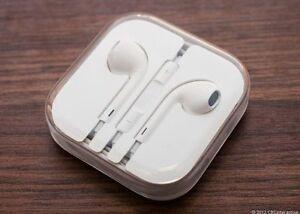 brand new apple earphones