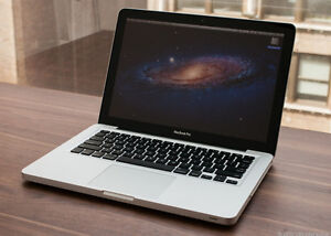 MACBOOK PRO 13'' SCREEN ------ GREAT CONDITION + CASE