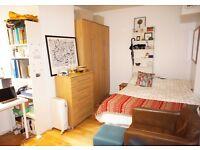 Studio flat in Jenner House Hunter Street, WC1, Bloomsbury, WC1N