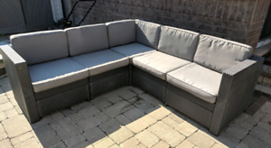 Outdoor sectional