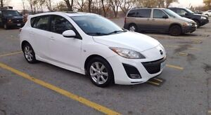 2010 Mazda 3 Sport 2.5L **loaded with safety & etest** Windsor Region Ontario image 6