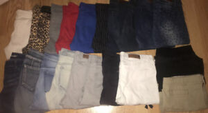 **LOT OF LADIES SIZE 10/12 JEANS & OTHER BOTTOMS FOR SALE**