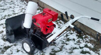 **Gilson snowblower 8HP 27 inch with electric start**